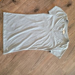 Gray Hollister Basic Tee  Size Small